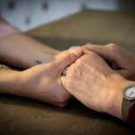 Caregiver e Covid-19: cosa chiedono le famiglie che si prendono cura di anziani. Oggi e domani.